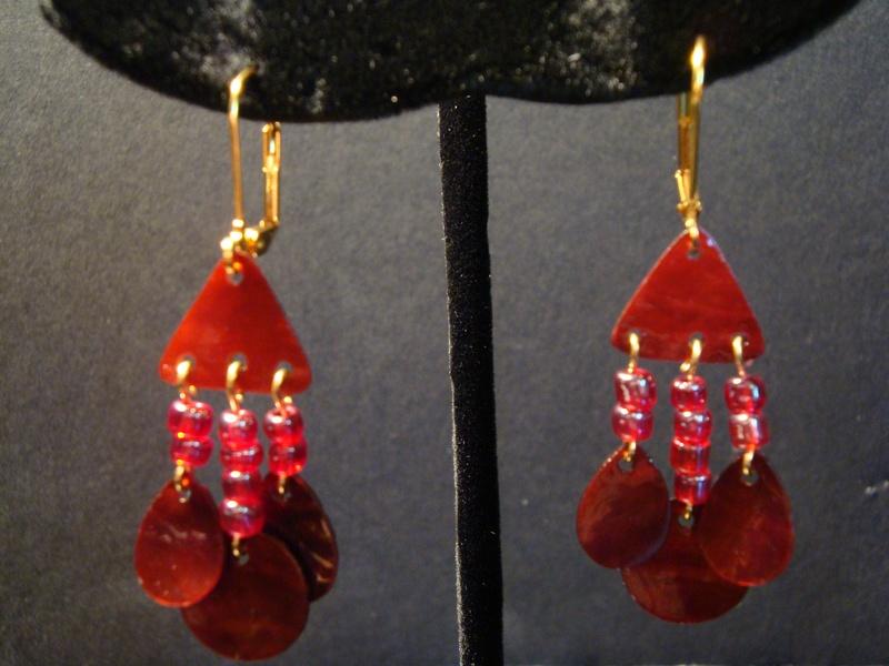 Red Shells (Item #3120)  $5.00